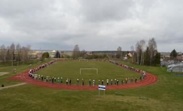 """Butrimonių gimnazijoje paminėta tarptautinė """"Baltojo lapo"""" diena"""